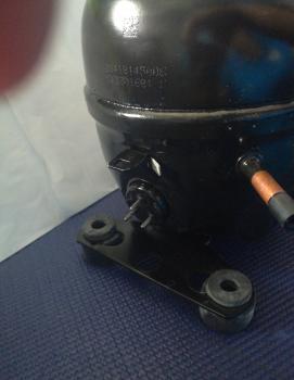 COMPRESSOR EMBRACO R134 115-127V ( EM3Z70HLT)