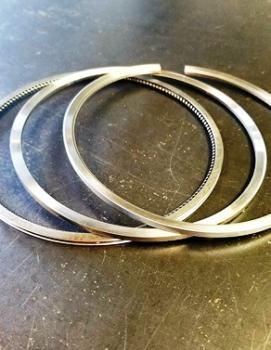 ANILLOS DE PISTON SERIE 60 2.5MM STD ES23503747